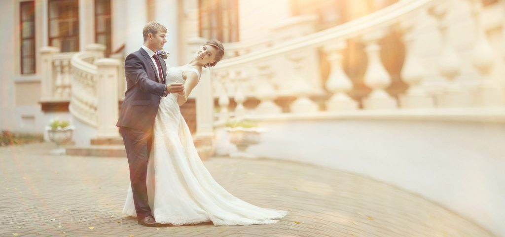 Le choix d'une robe de mariée blanche est désormais usité, mais pas obligatoire !
